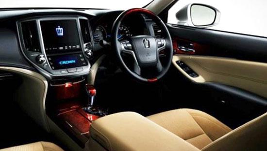 2019 Toyota Crown Interior