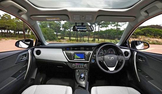 2019 Toyota Auris Interior