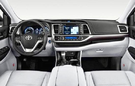 2019 Toyota Kluger Interior