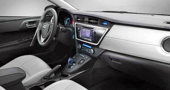 2019 Toyota Yaris Hybrid Interior