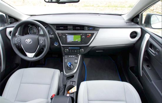 2019 Toyota Auris Interior
