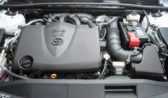 2019 Toyota Camry Hybrid XSE Engine