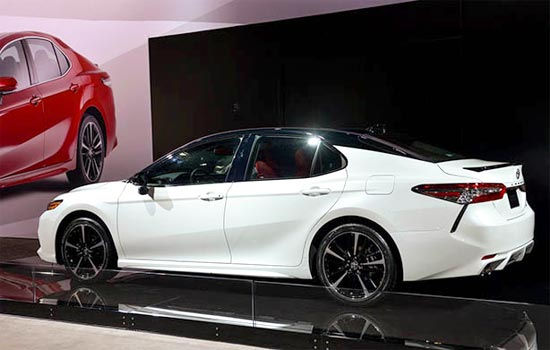 2019 Toyota Camry Hybrid Xse Release Date Price And Specs