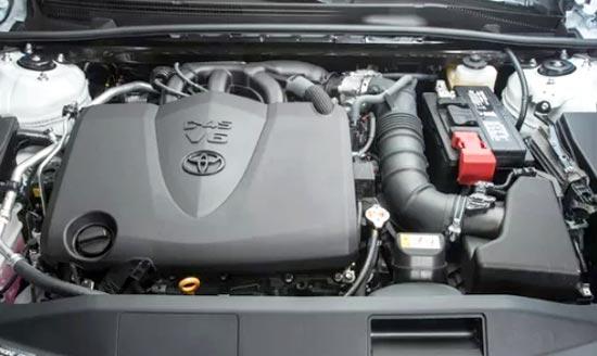 2019 Toyota Camry XSE V6 Engine