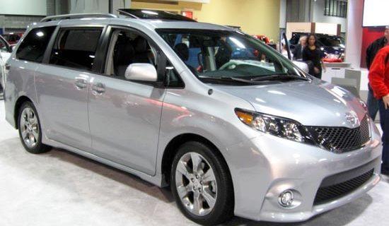 2019 Toyota Sienna AWD Exterior