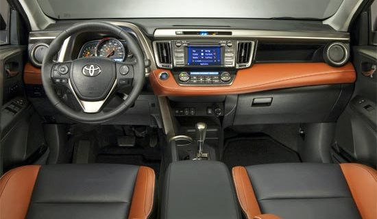 2019 Toyota Verso Interior