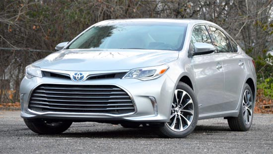 2019 Toyota Avalon Hybrid Engine Spces and Price