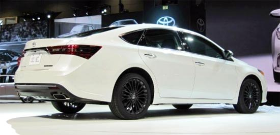 2019 Toyota Avalon Hybrid Release Date and Price