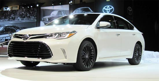 2019 Toyota Avalon Hybrid Release Date and Redesign