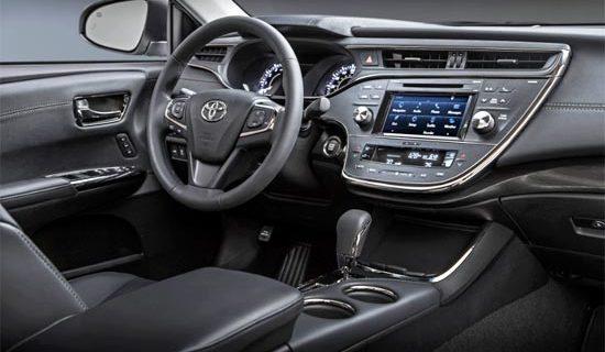 2019 Toyota Avalon XLE Plus Interior