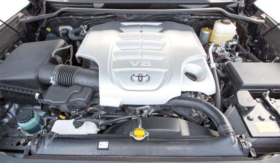 2019 Toyota Land Cruiser Engine
