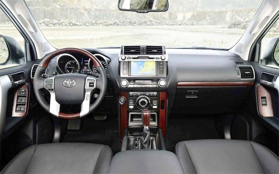 2019 toyota land cruiser Interior