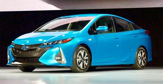 2019 toyota prius v review and engine specs toyota suggestions. Black Bedroom Furniture Sets. Home Design Ideas