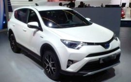 2019 Toyota RAV4 XLE Review, Price and Specs