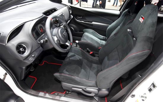 2019 Toyota Yaris Canada Interior