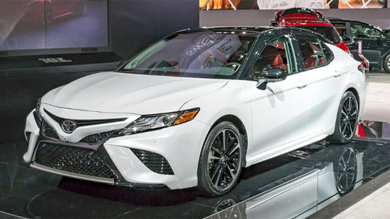 2019 Toyota Camry Hybrid Review and Engine Specs