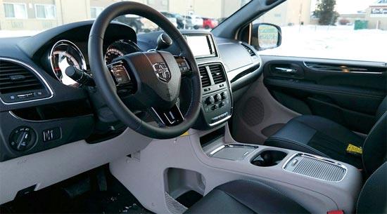 2019 Toyota Corolla S Interior