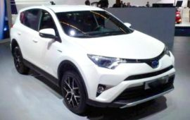 2019 Toyota RAV4 SE Interior Review and Price