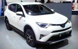 2019 Toyota RAV4 SE Interior Review and Price