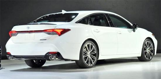 2020 Toyota Avalon Limited Exterior