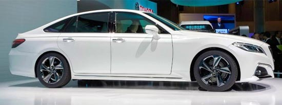 2020 Toyota Crown Exterior