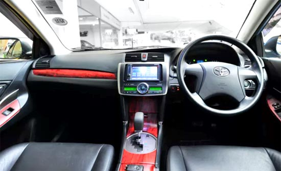 2020 Toyota Allion Interior