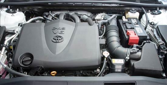 2020 Toyota Camry XSE V6 Engine