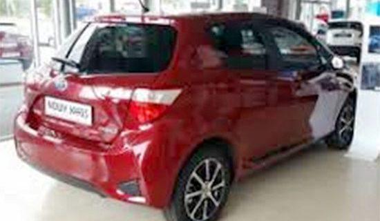 2021 Toyota Yaris Hybrid Exterior
